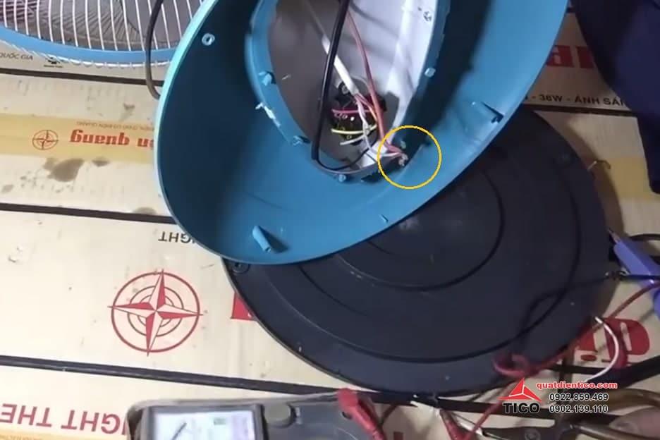 Sửa quạt không quay do hỏng tụ điện hoặc cháy cầu chì